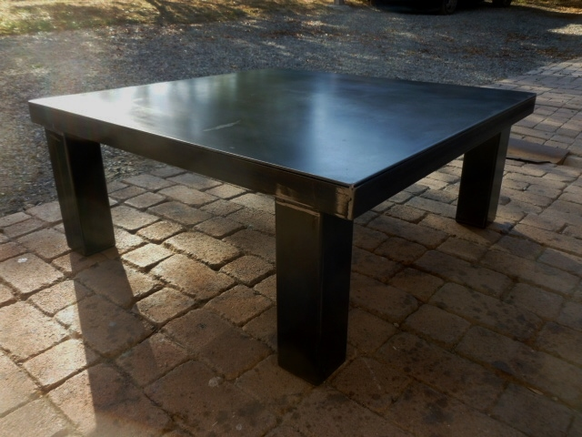 table basse design industriel sur mesure