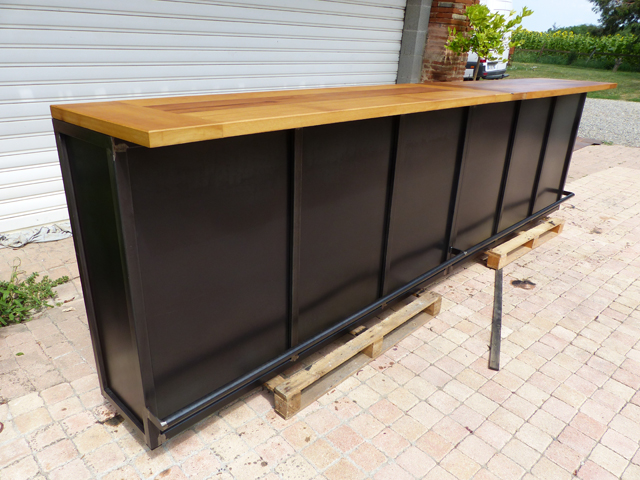comptoir de bar industriel brocantetendance fabrication sur mesure