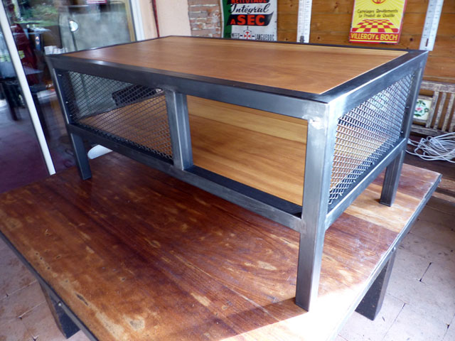 table basse industrielle sur mesure