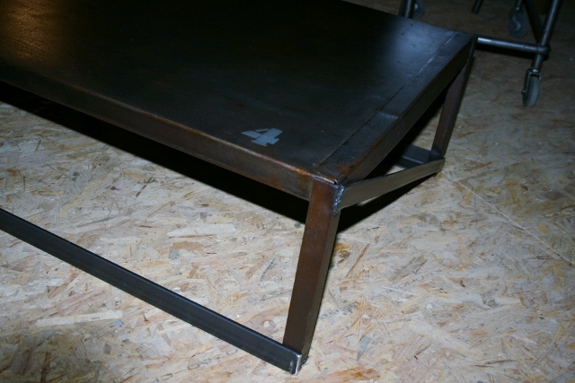 Table basse ou meuble TV industriel