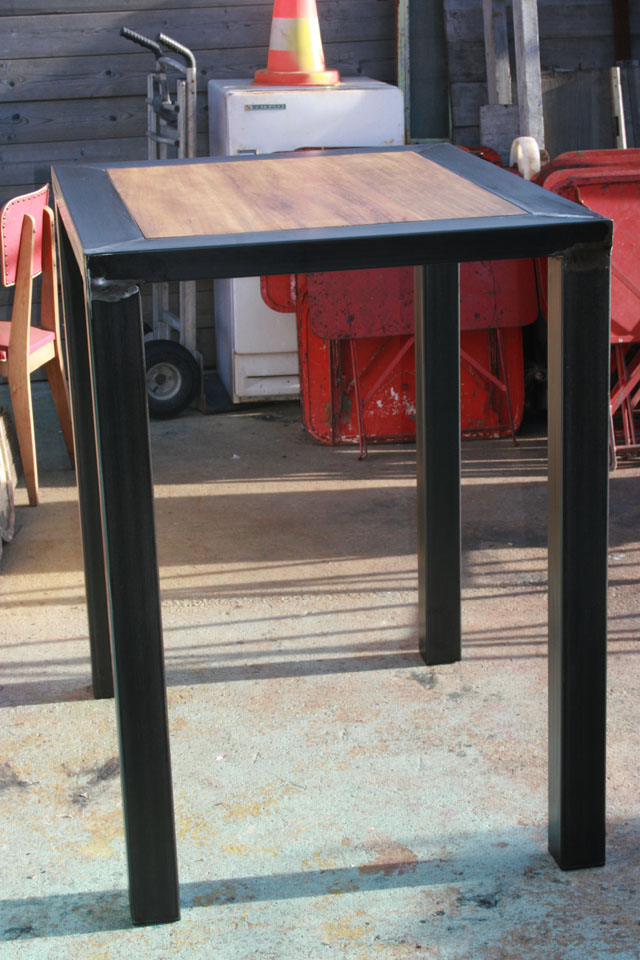 fabrication table mange debout design industriel